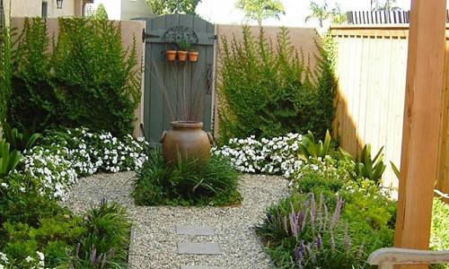 Small Gardens Inspiring Garden Ideas For All Gardeners